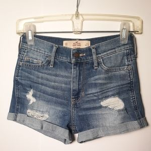 Hollister jean shorts 00